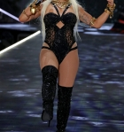 Rita Ora At Victoria Secret Fashion Show